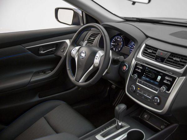 Volkswagen Passat, Nissan Altima, Kia Optima: три седана из США до 10000 USD - Николаев - 5